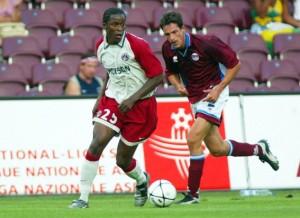 Kaba Diawara face au Servette Genève en 2003