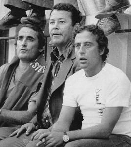 Just Fontaine à ses débuts avec le PSG, aux côtés de Robert Vicot et Daniel Hechter