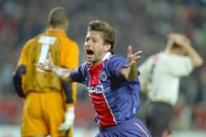 la joie de Leonardo face aux Reds en 1997