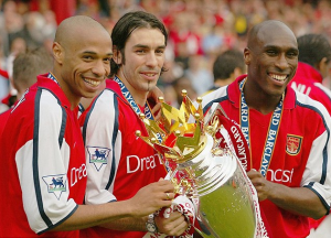 Henry-Pires, duo offensif d'Arsenal en 2000-2001