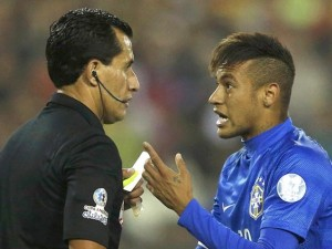 Neymar expulsé et suspendu en 2015