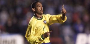 Vampeta, deux victoires avec le Brésil