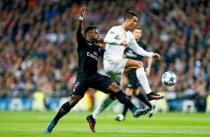 Ronaldo face à Aurier lors du 1-0 pour le Real Madrid en 2015-2016