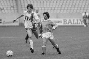 Alain Giresse et Luis Fernandez en duel le 2 décembre 1981