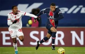 Mbappé face à Brest en début de saison (3-0 pour le PSG)